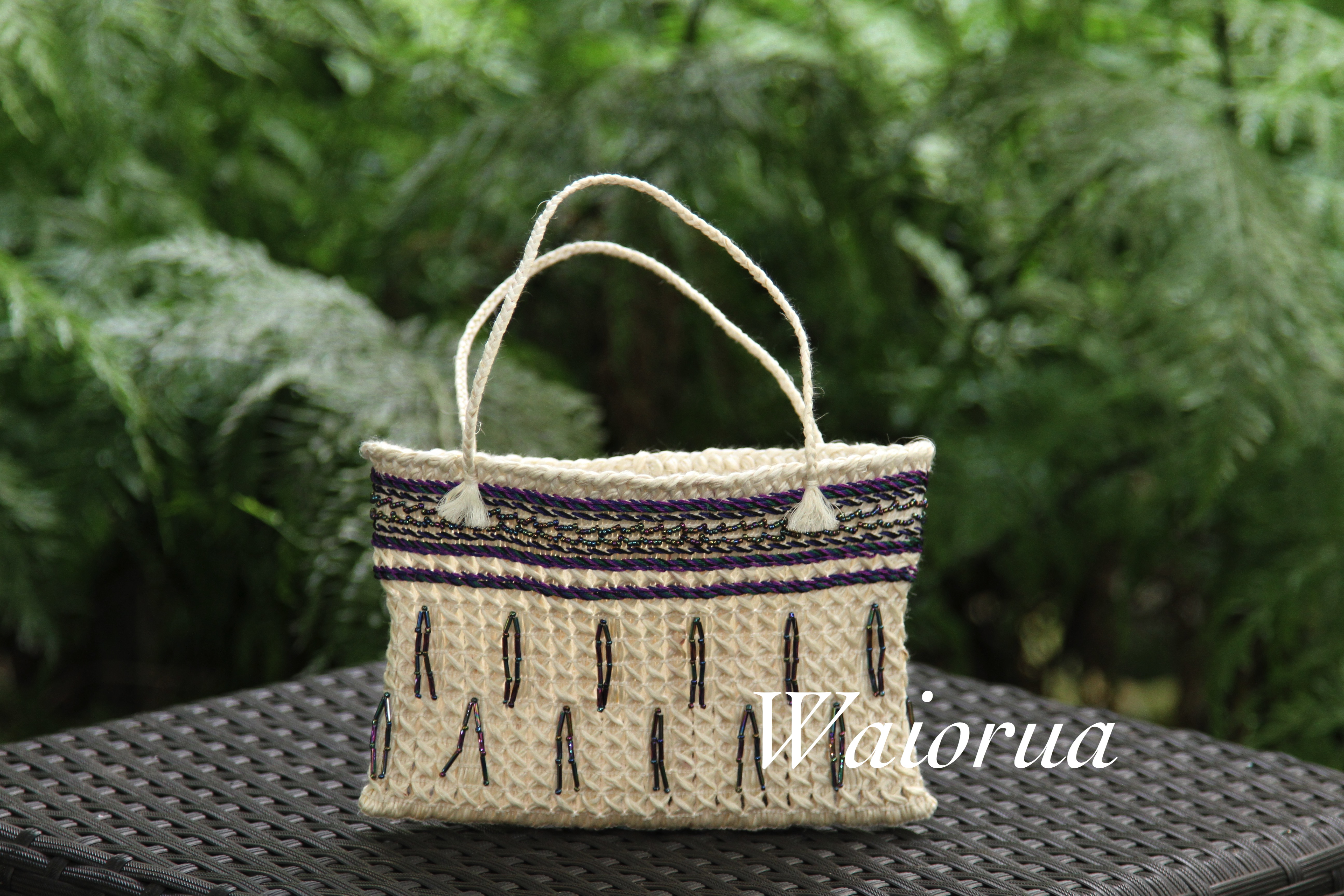 muka kete with beads and silk